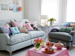 Decorating With Pastels (LR)